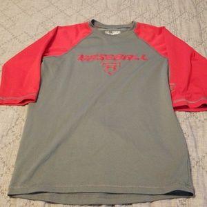 Boys under armour youth medium baseball T-Shirt